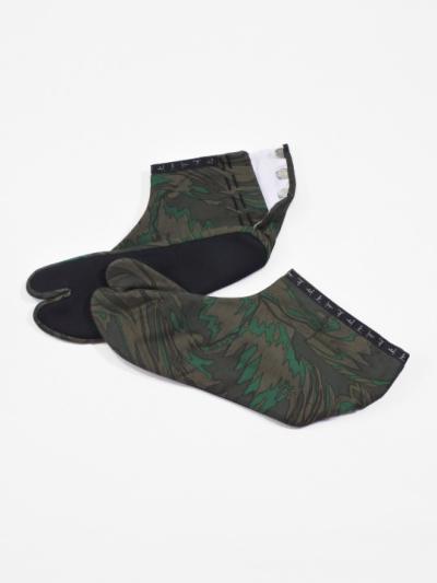 足袋 メタミラー 綿プリント (カーキ)