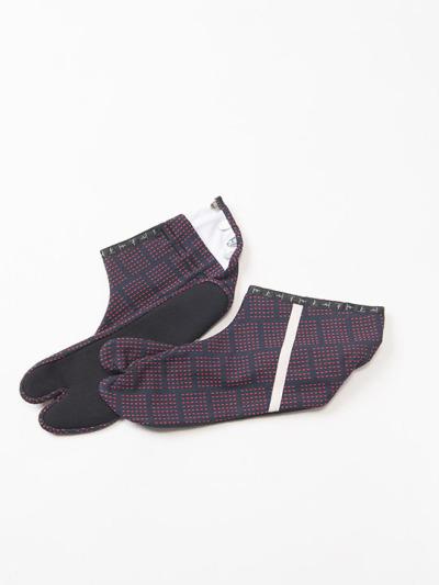 足袋 刺し子 (コン×アカ)